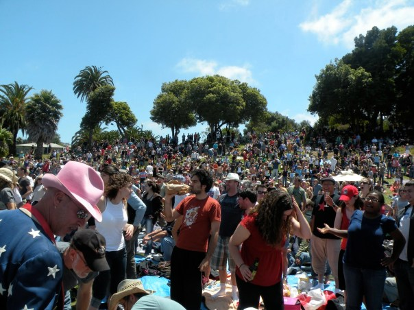 Dolores crowd brown bagging it. It was a beautiful day!